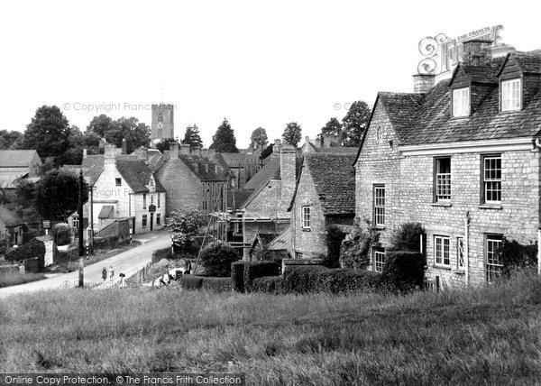 Photo of Charlbury, view from Grammar School Hill c1950