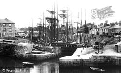 Harbour 1904, Charlestown