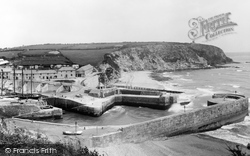 The Harbour 1898, Charlestown