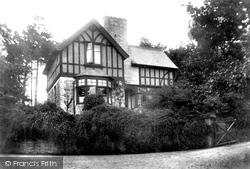 The Lodge 1904, Charlestown