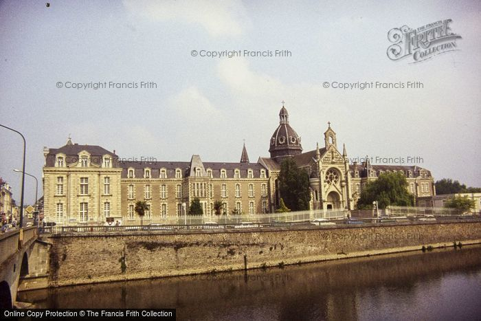 Photo of Château Gontier, The Hospital 1984
