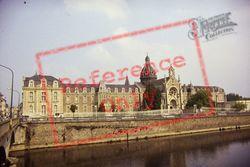 The Hospital 1984, Château-Gontier