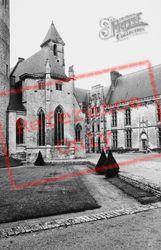 Church 1964, Chateaudun