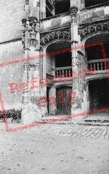 The Chateau 1964, Chateaudun