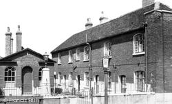 Chatham, Hospital Of Sir John Hawkins, High Street c.1960