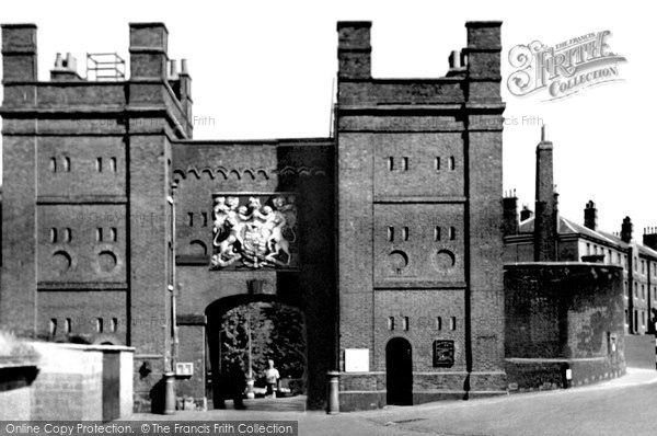 Photo of Chatham, Main Gate, HM Dockyard c1955, ref. C69014