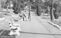 Chatham, Pembroke Gardens c.1955