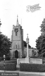 Chatteris, Church Of St Peter And St Paul And Memorial c.1960