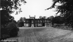 Cheam, Nonsuch Park c.1970