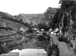 Cheddar, Cliff Road And Lake 1925