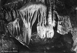Cheddar, Cox's Cave, 'the Lion's Claw' Fifth Chamber c.1930