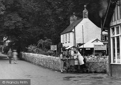 Cheddar, Ice Cream Stall And King's Tea Gardens 1925