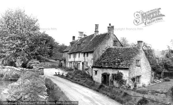 Photo of Chedworth, Church Row c.1960