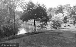Chelmsford, Recreation Ground And River Can c.1950