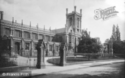 Cheltenham, College And War Memorial 1906