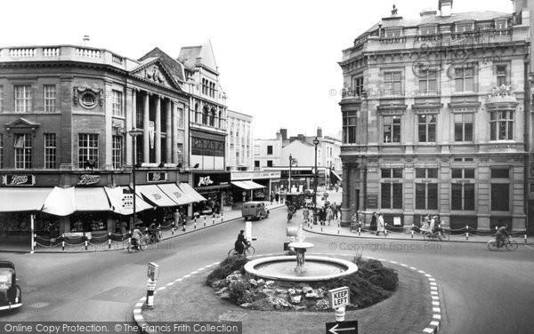 Cheltenham, the Centre c1960