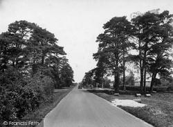 Chelwood Gate, 1927