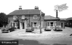 Chenies, Bedford Arms Hotel c.1965