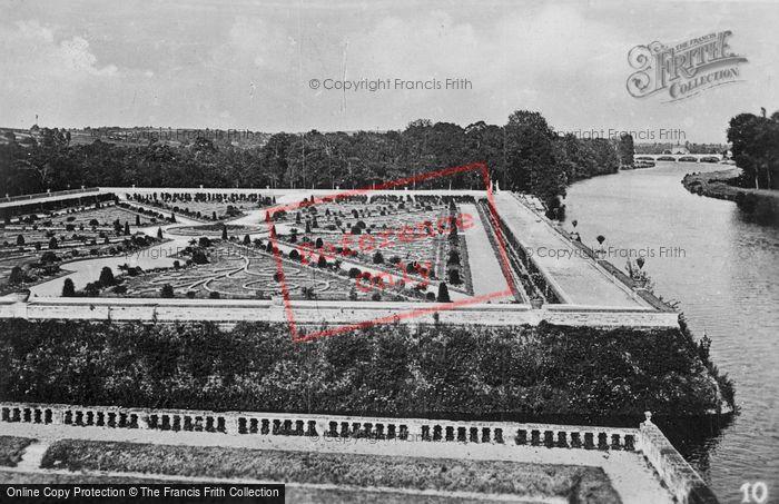 Photo of Chenonceaux, Chateau De Chenonceau, Gardens c.1930