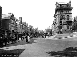 Chepstow, High Street 1925