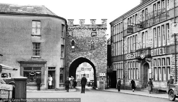 Photo of Chepstow, Town Gate c.1950