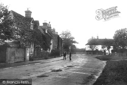 Chertsey, Bridge Road 1908