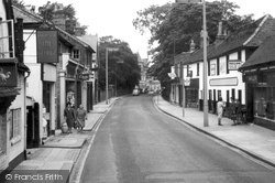 Chertsey, Guildford Street 1966