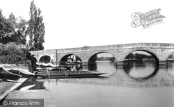 Chertsey, The Bridge 1904