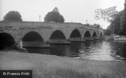 Chertsey, The Bridge 1961