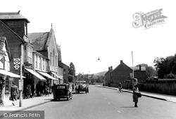Chesham, Red Lion Street c.1950