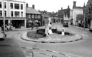 Chesham, Town Square c1965