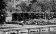 Cheshunt, New River And Bishop's College c.1960