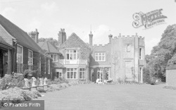 Chessington, Zoo, Burnt Stub Lawn 1952