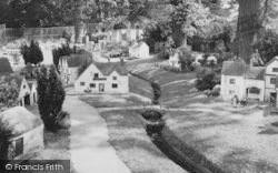 Chessington, Zoo, The Model Village c.1965