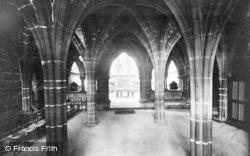Chester, Chapter House, Entrance 1923