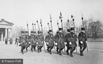 Chester, Javelin Men in Beefeaters' Costume, the Assize Procession c1900