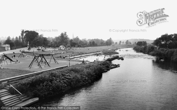 Photo of chester le street riverside park and paddling pool for Chester le street swimming pool