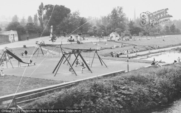 Photo of Chester Le Street, Riverside Park And Paddling Pool c.1955
