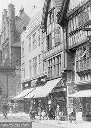 Chester, Shoppers In Foregate Street 1929