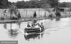 Chester Zoo, Motor Boat c.1950