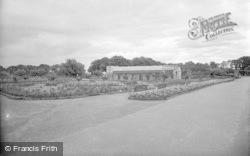 Chester Zoo, The Rose Garden And Parrot House 1957