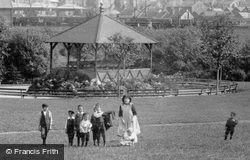 Children In Queen's Park 1902, Chesterfield