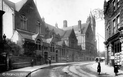 Stephenson Memorial Hall 1902, Chesterfield