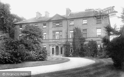 Chesterfield, Tapton House 1902