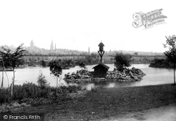 Chesterfield, The Park 1896
