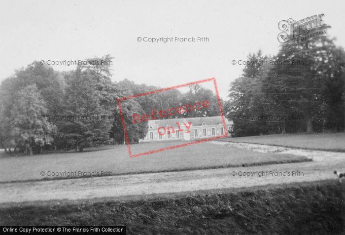 Photo of Cheverny, Chateau De Cheverny, Pavilion c.1935