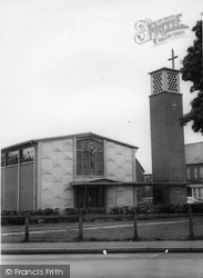 Chichester, Catholic Church Of St Richard c.1965