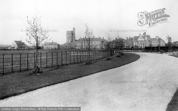 Photo of Chichester, Graylingwell Hospital Entrance 1898