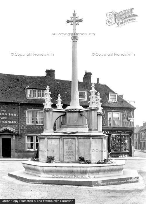 Photo of Chichester, War Memorial 1923