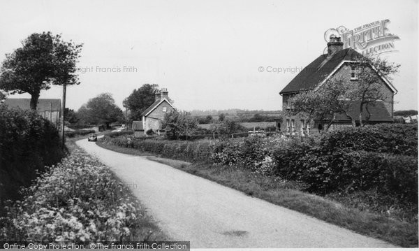 Chiddingly, the Village and Place Farm c1955
